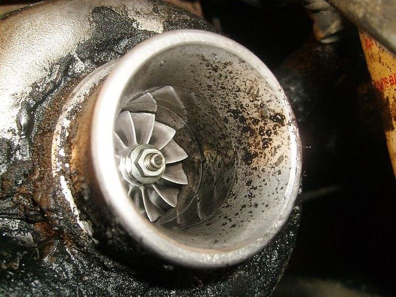 Выброс масла из турбины
